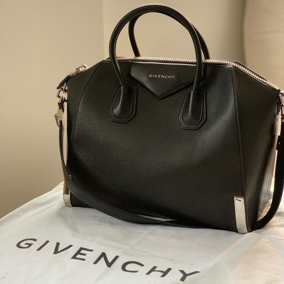 0046698ad0af Givenchy Handbags - Givenchy Medium Antigona